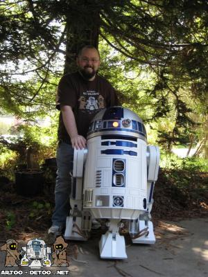 r2d2 robot and his creator